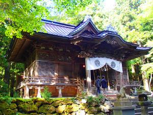 Towadajinja1