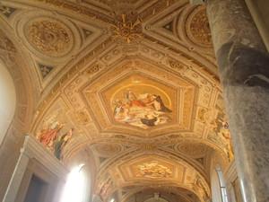 Vaticanih_9